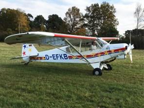 Das Schleppflugzeug Piper PA-18
